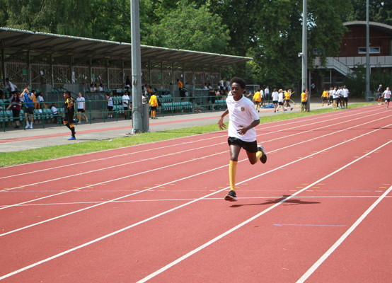 Sports Day 2021 - Year 7 race