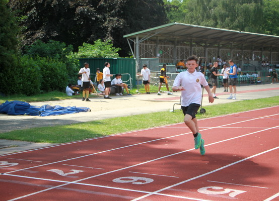 Sports Day 2021 - Year 7 finish line
