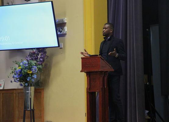Alumnus Aaron Akinyemi talks about careers in journalism